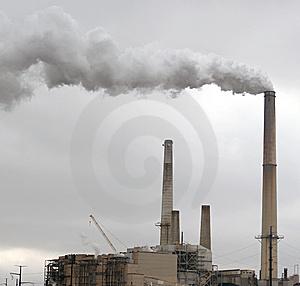 Greguer as las chimeneas de f bricas en un lugar de for Fabrica de chimeneas